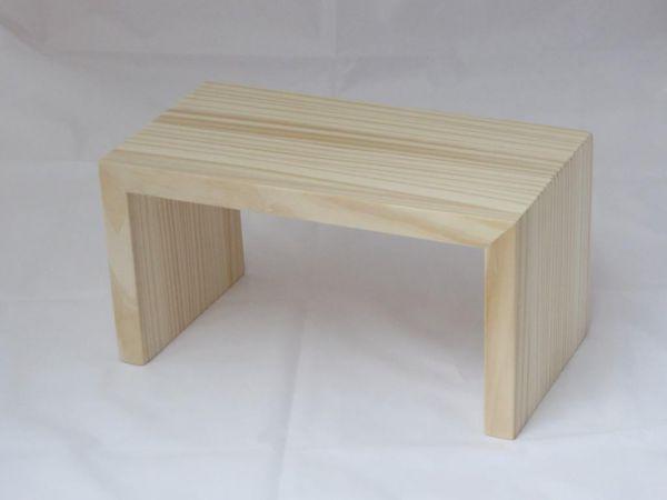 hochwertiger Schemel - Holzhocker aus massivem Pinienholz - unbehandelt